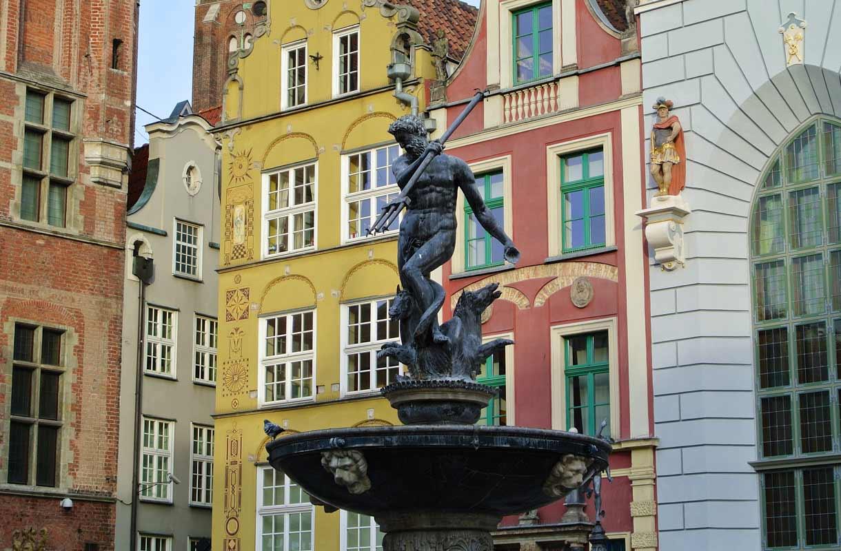 Gdansk on värikäs satamakaupunki.
