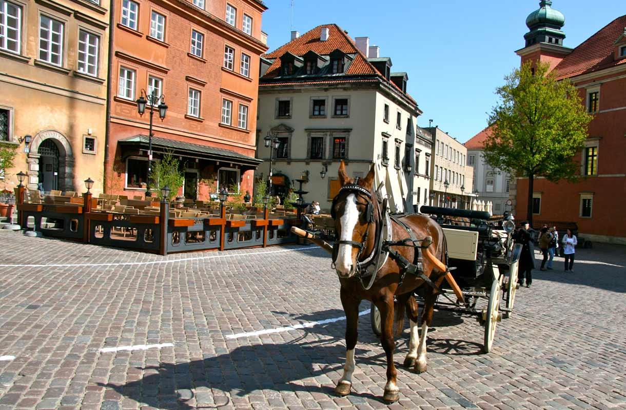 Varsova on Puolan pääkaupunki.