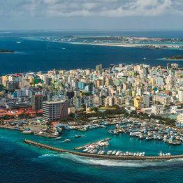 Male, Malediivit