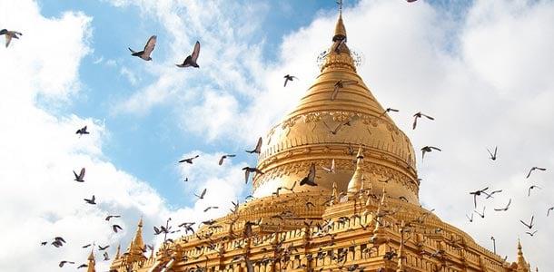 Baganin kullattu temppeli on upea näky