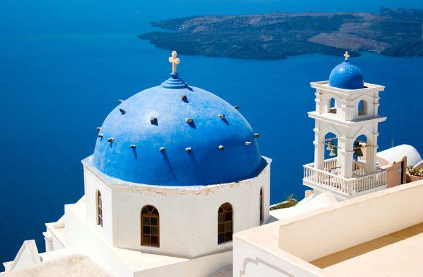 Santorini on suosittu kohde saarihyppelyllä