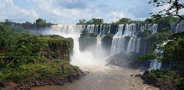 Brasilian vesiputous Iguassu
