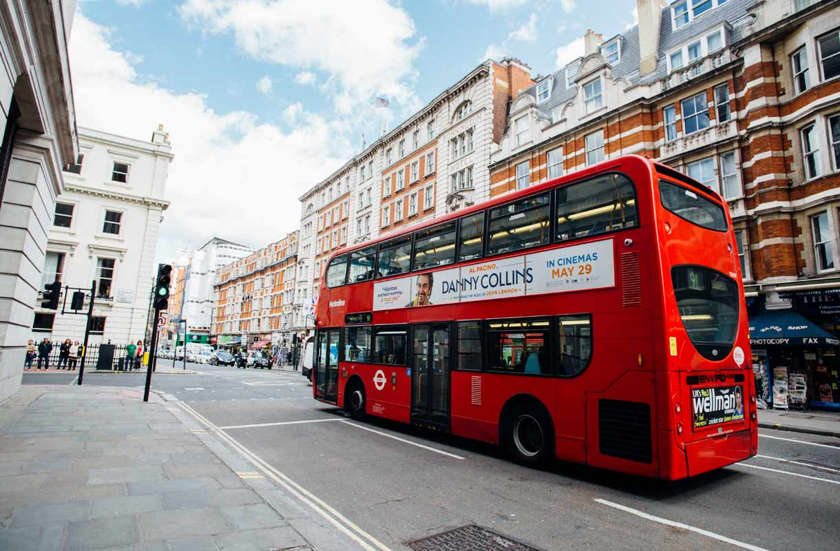 Rantapallon kohdeopas: Lontoo