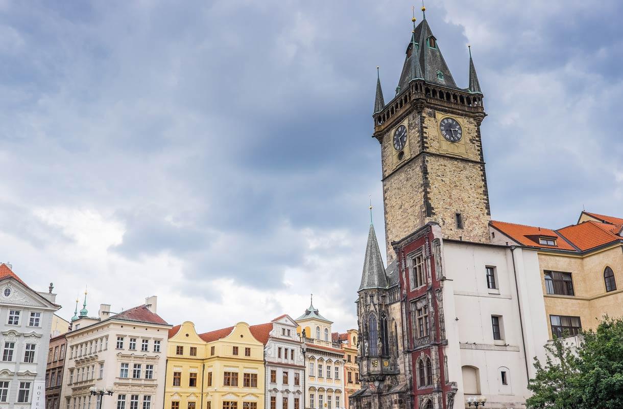 Prahan tähtitieteellinen kello on yksi vanhimmista ja taidokkaimmista koskaan valmistetuista.