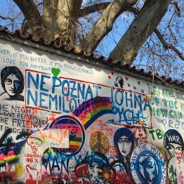 John Lennon Wall, Praha