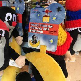 Myyrä-pehmoleluja Prahassa