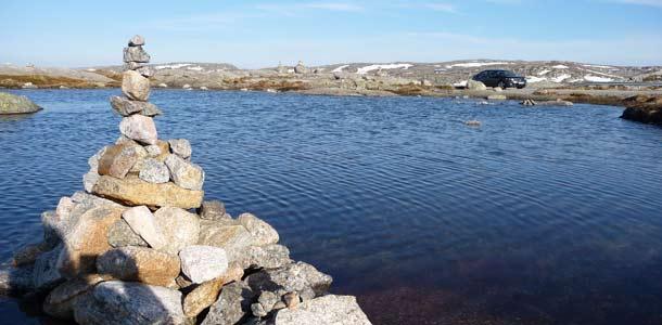 Autolomalla Norjassa - vuonoja, vuoria ja merimaisemia