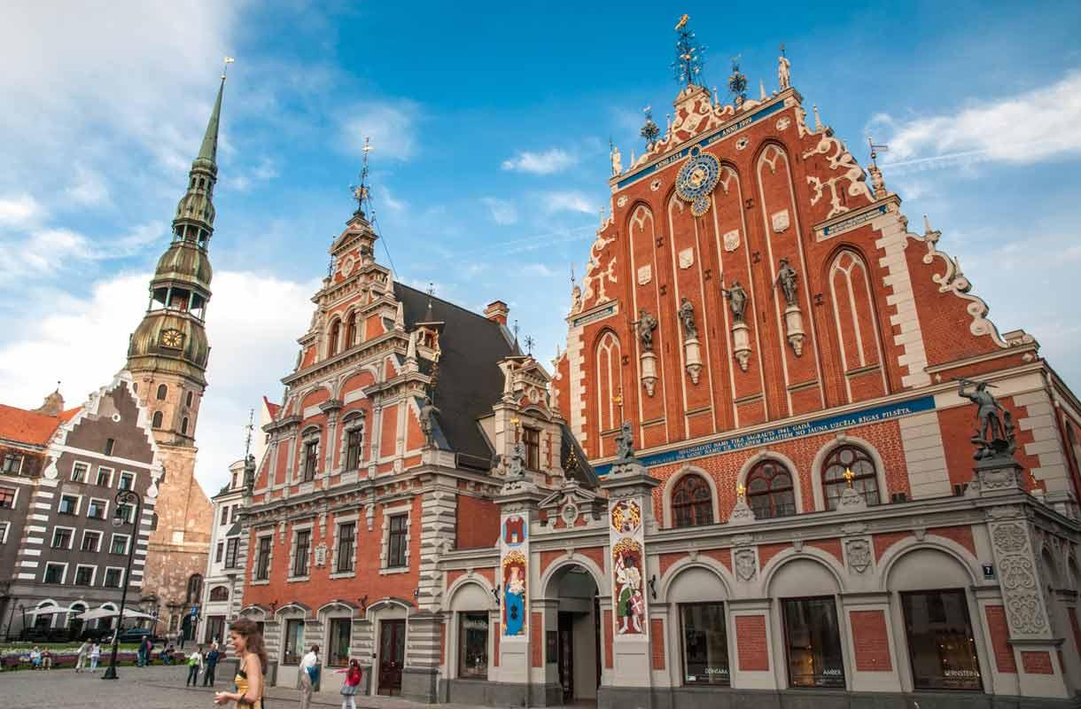 Riian vanhastakaupungista löytää vaikuttavaa arkkitehtuuria.