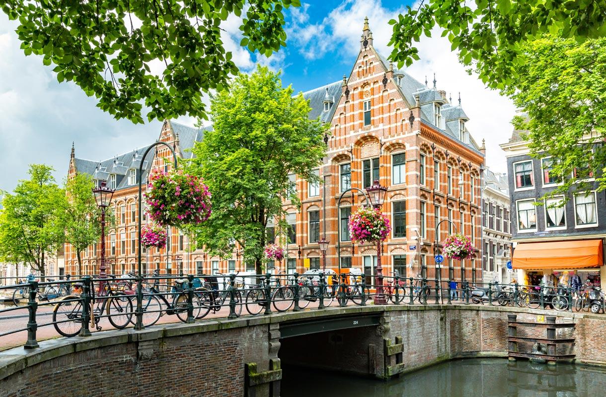 Amsterdamin hotellit
