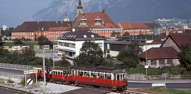 Helsingistä suorat lennot Innsbruckiin