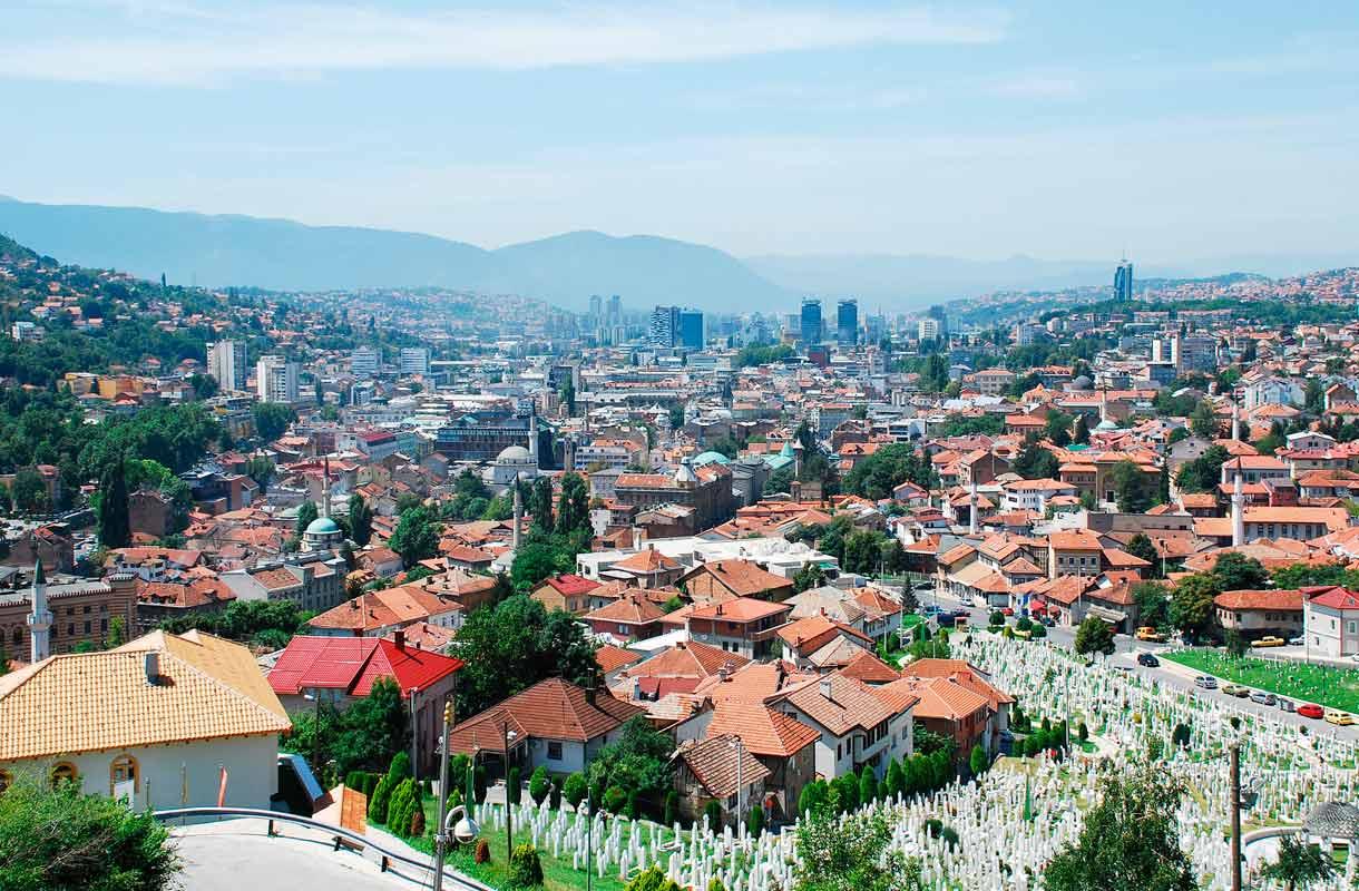 Sarajevo on kiehtova kaupunkikohde.