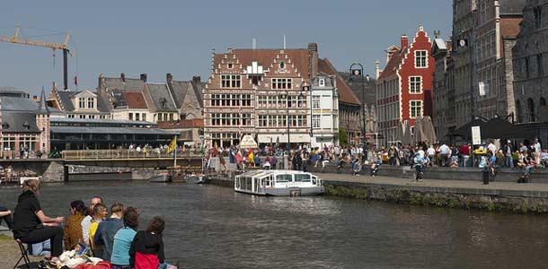 Lennot, majoitus ja liikkuminen Gentissä