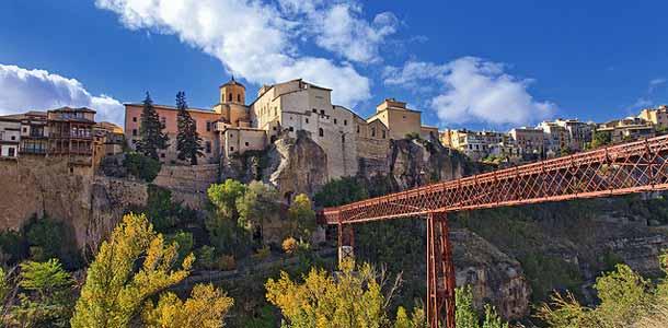 Espanjan historialliset kaupungit