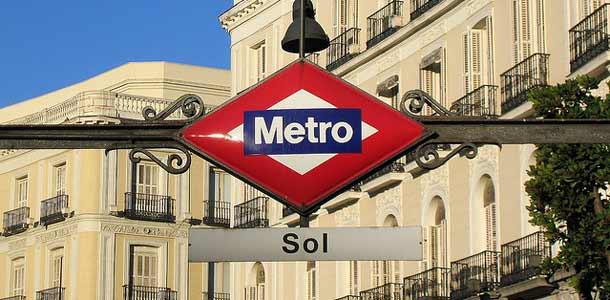 Metro on kätevä kulkupeli Espanjan pääkaupungissa