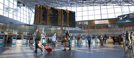 Lentokenttä-sarja alkaa Jimillä syksyllä 2011