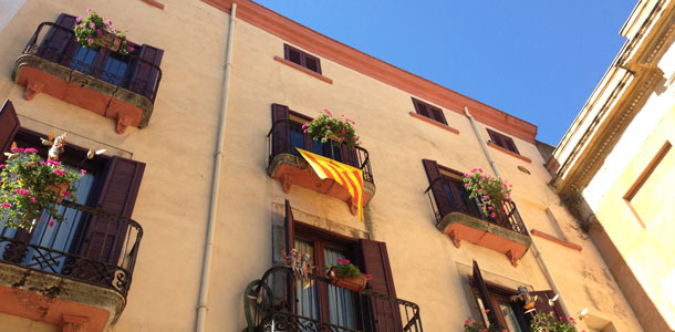 Katalonian lippuja Tarragonassa