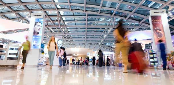 Lennot, majoitus ja liikkuminen Thaimaassa