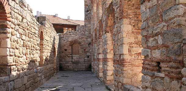 Nessebarissa on paljon historiallisia nähtävyyksiä