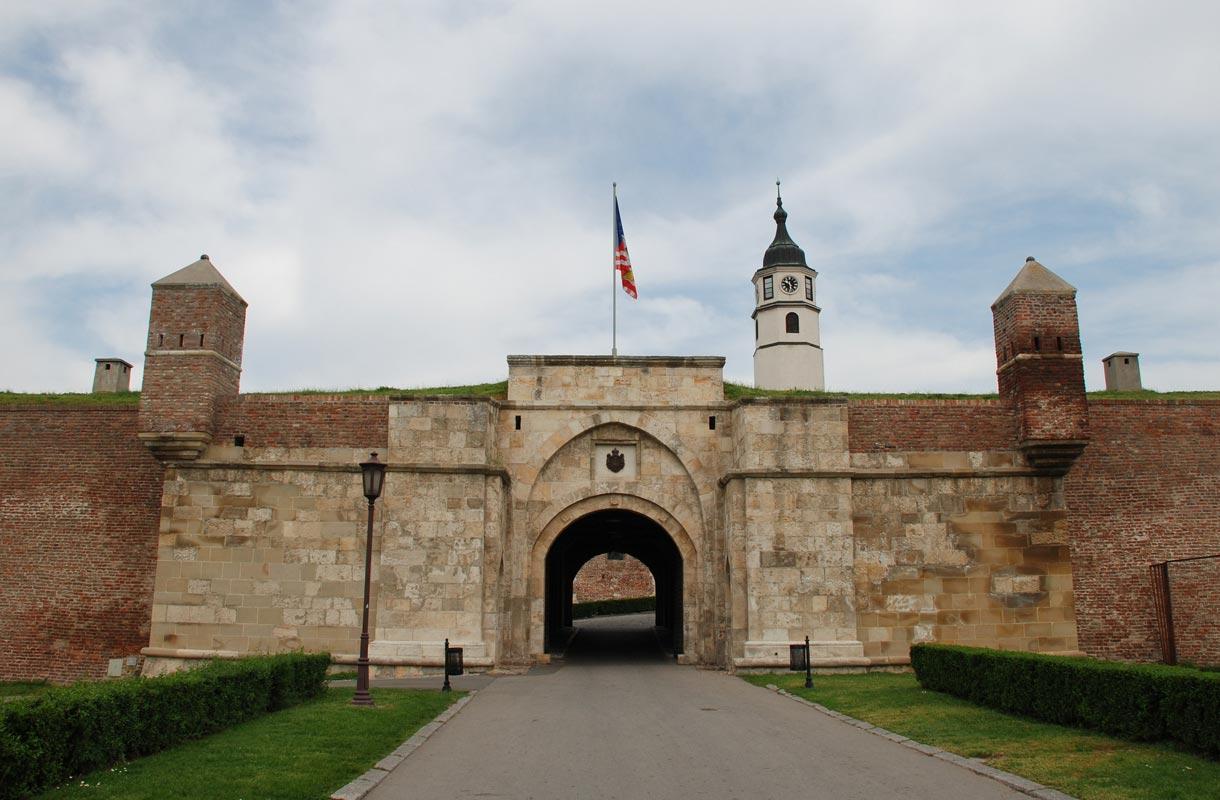 Kalemegdanin puistoalue ja linnoitus ovat kaupungin kiinnostavimpia kohteita.