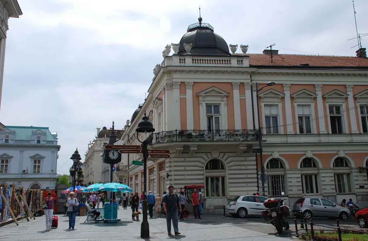 Belgradista löytyy kauniita vanhoja taloja.