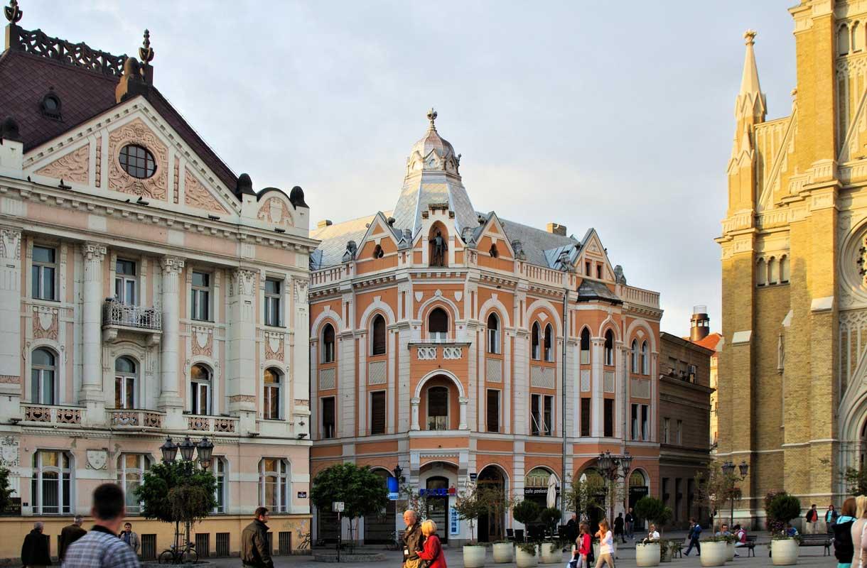 Serbian Novi Sadin arkkitehtuuri tekee vaikutuksen.