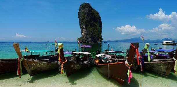 Ao Nang on yksi Krabin suosituimmista lomakohteista