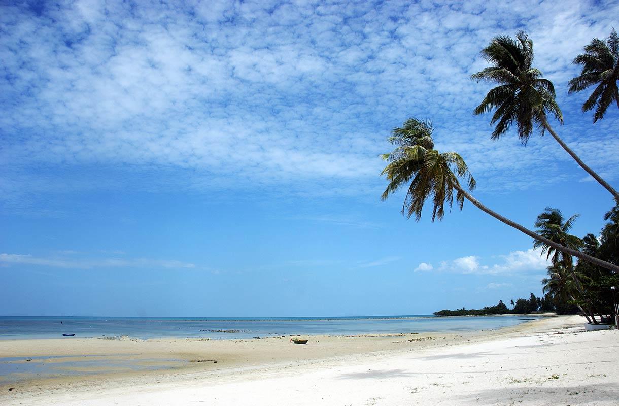 Thaimaan Koh Samui houkuttelee matkailijoita rannoillaan.
