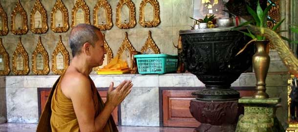Thaimaassa riittää kauniita temppeleitä