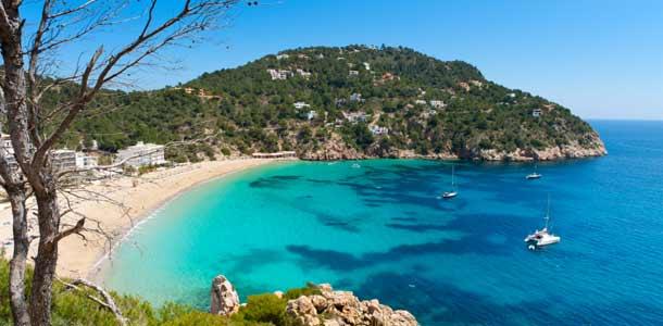 Rauhallinen ranta Baleaarisaarilla