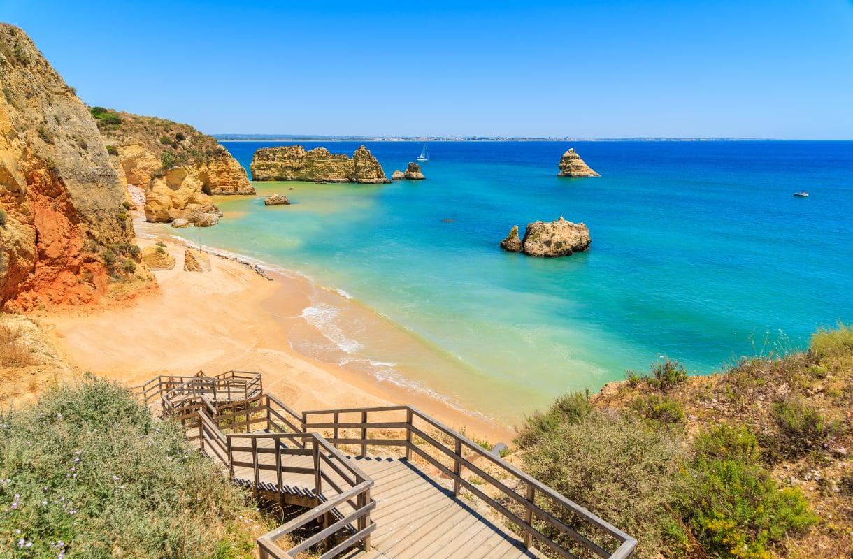 Praia Dona Ana, Portugali