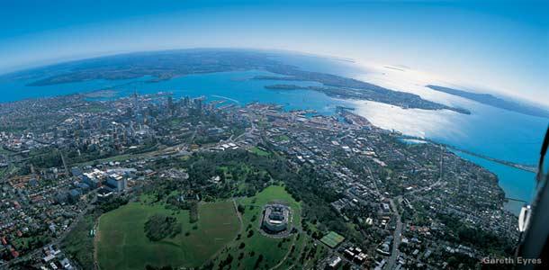Maisema Aucklandin Sky Towerista