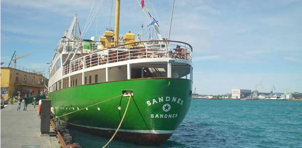 Laiva Stavangerin satamassa