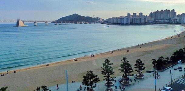 Busanin ranta Etelä-Koreassa
