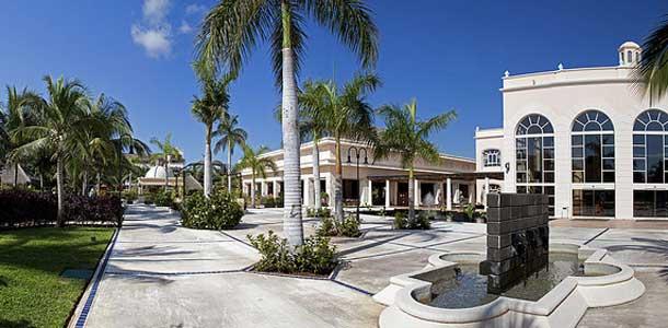 Cancun: lennot ja majoitus