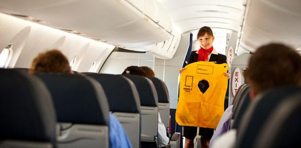 Haaveiletko lentoemännän ammatista? Katso vinkit!
