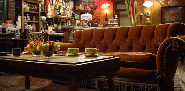 Frendit-fani perusti Central Perk -kahvilan