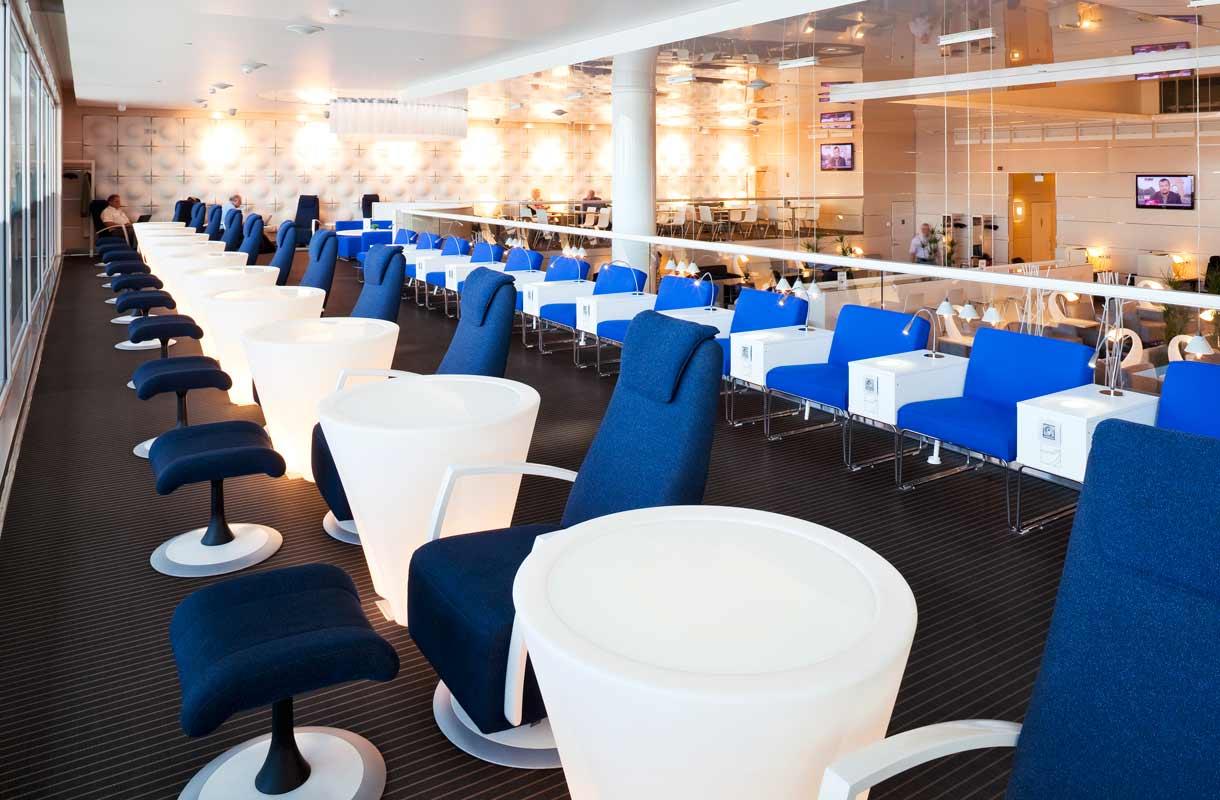 Finnair lounge Helsinki-Vantaa