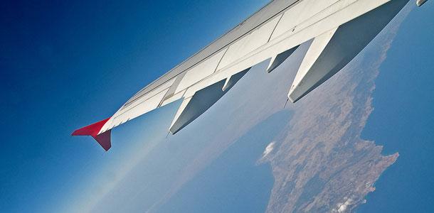 lentokone Kyproksen yllä