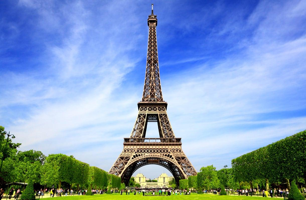 Halvat lennot Pariisiin