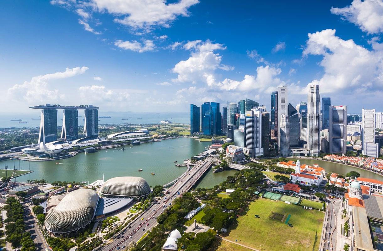Halvat lennot Singaporeen