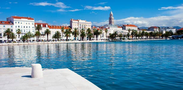 Rantakatu Kroatian Splitissä
