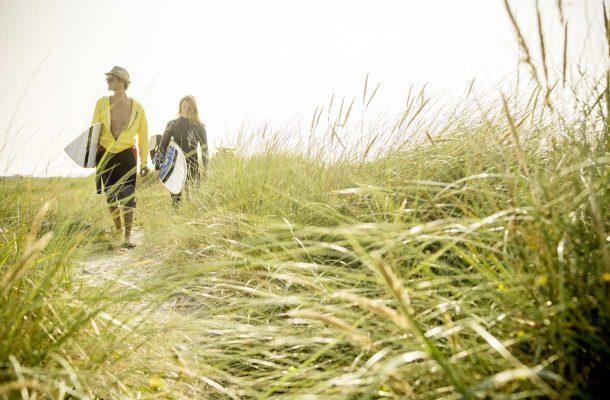Dollymount Beach vetää surffaajia