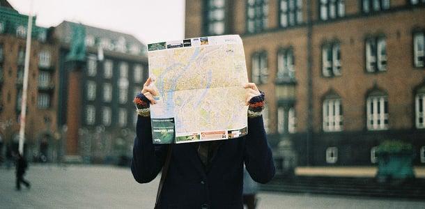 Navigaattori helpottaa suunnistamista tuntemattomissa paikoissa