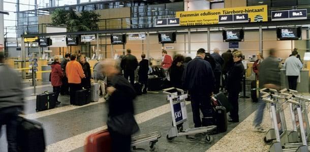 Tampere-Pirkkalan lentoaseman saapuvat ja lähtevät lennot