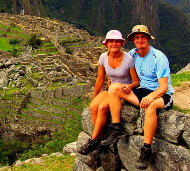 Kaikki maanosat -matkablogin Anu ja Pete