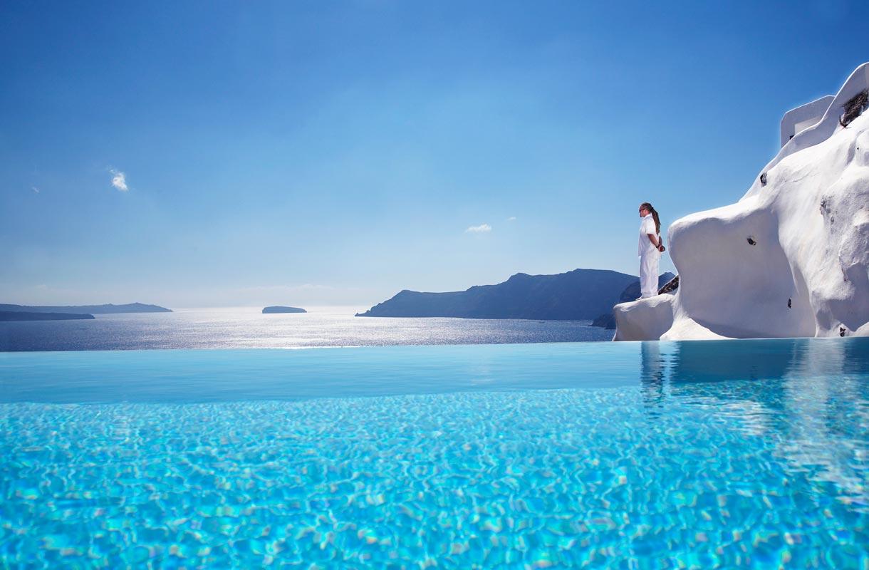 Katikies-hotelli Santorinilla