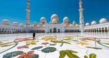 Sheikki Zayedin moskeija Abu Dhabissa
