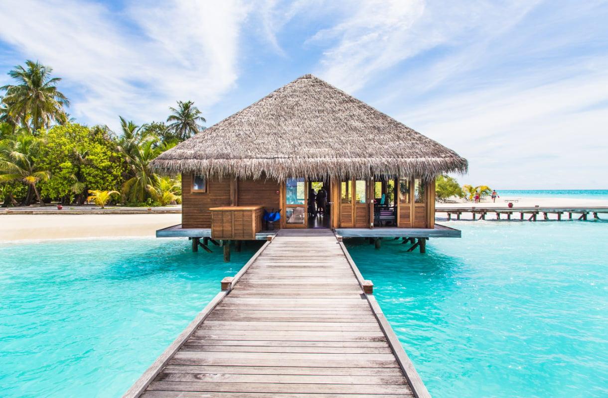 Unelmien bungalow veden päällä