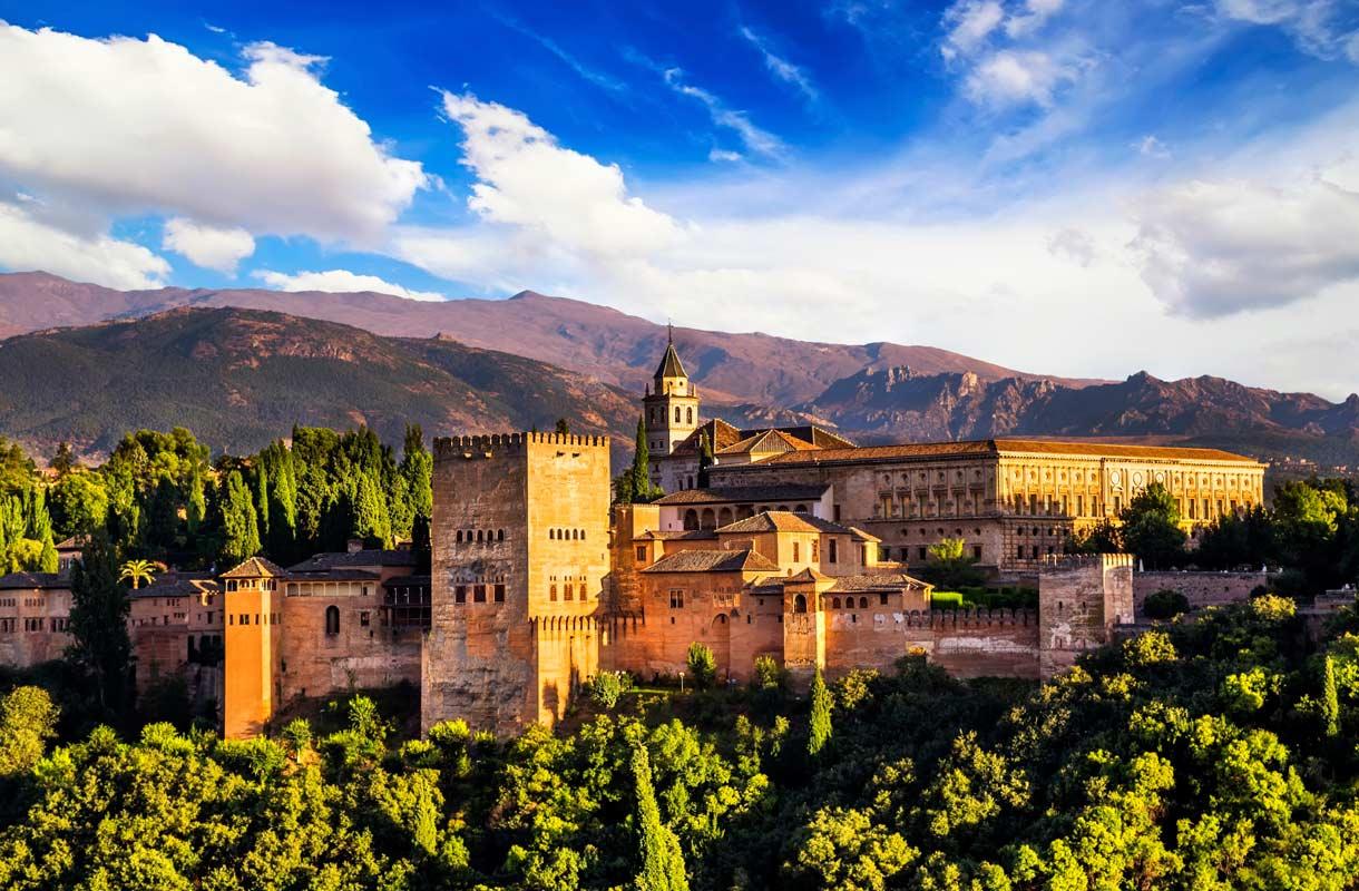 Alhambran palatsi Granadassa