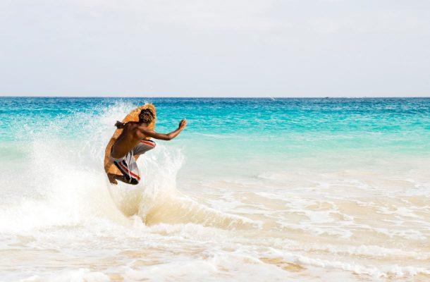 Surffaus on suosittu laji Kap Verdellä.